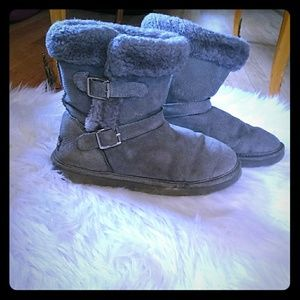 Gray lamb winter boots